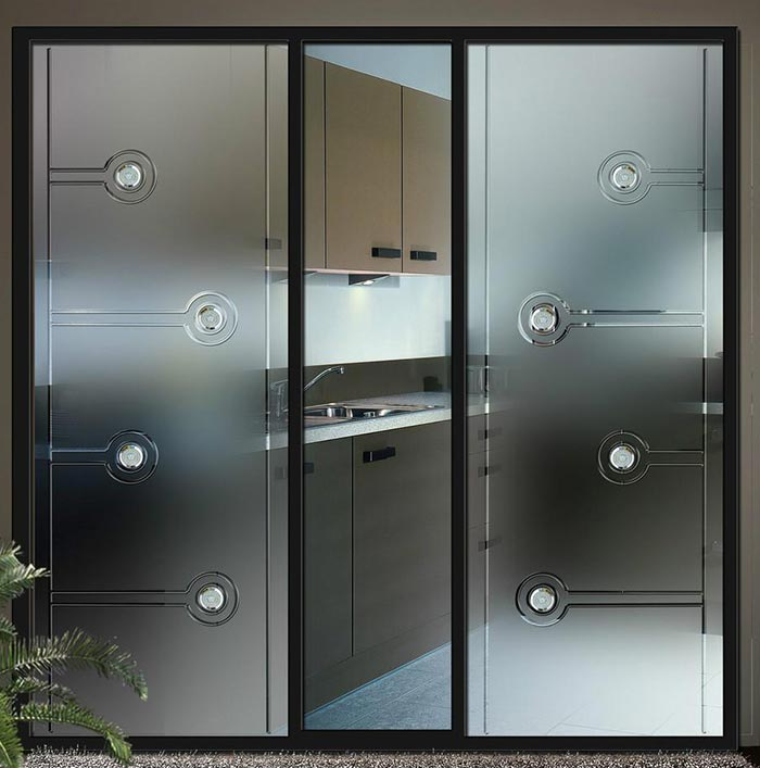 也有采用推拉门的,好的卫生间门要具备下述五大特征
