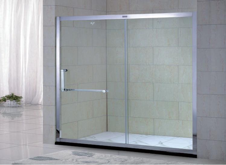 1、主型材采用的全钢化玻璃达到了航空级标准,有3C认证,无杂质气泡,通透性好,抗冲击力强,破碎粒高于国家标准(50×50的面积≥40粒);墙夹纵横方向调整设计修正墙面施工误差。 2、五金配件采用正宗304不锈钢,达到行业顶级的超镜面处理效果。正宗304不锈钢配件可永保不生锈,可有效保证产品外观完美。 3、滑轮采用正宗304不锈钢轮座和铜芯滑轮。经过除噪静音处理,下轨滑槽定位,摩擦力小,使活动门运行安全、无噪音、顺畅、使用寿命超长。 4、选用的胶条/胶磁条使行业内最优质的PVC胶条,其耐寒
