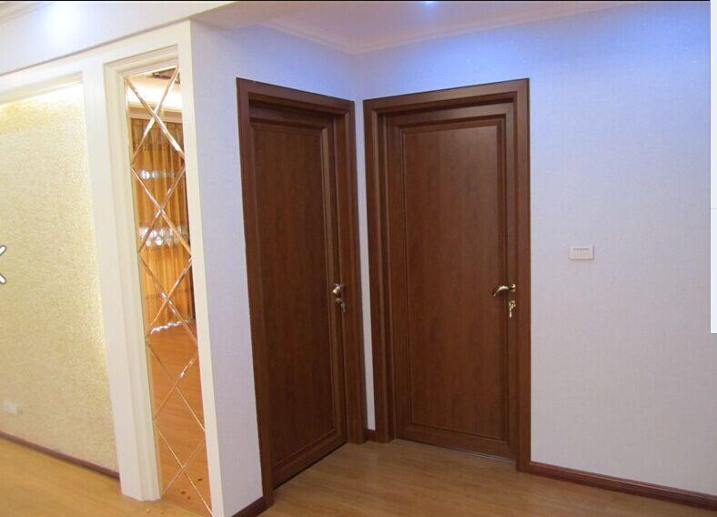 1、G200一代全铝卧室门系列采用G200重型平开门型材和配件; 2、门页采用铝板加铝蜂窝板组成,配备三种不同风格的装饰条,装饰条拥有本色以及拉丝白金和拉丝钛金共六种颜色,更显高档、大气; 3、整个门都是全铝材质,铝板拥有横、竖两种纹路,是最环保的卧室生态门; 4、采用定制可调后装铝合金合页,外观美观,开关顺畅,超静音,耐开启、可调节,门扇安装、拆卸简单快捷; 5、G200一代全铝卧室门系列颜色:黄花梨(MH)、苹果木(MP)、鸡翅木纹(MJ)、水曲柳木纹(MS)。